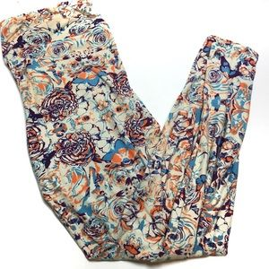 LuLaRoe Tall & Curvy Butterfly Rose Leggings